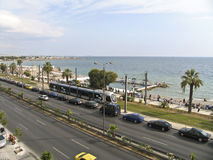 Een boulevard naast het overzees in Athene, Stock Afbeeldingen