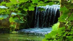 Een breuk van een verborgen waterval wordt geschoten die Royalty-vrije Stock Foto