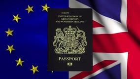 Een Brits paspoort verliest geleidelijk aan zijn Europese Unie Tekst van het schutblad stock video