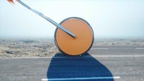 Een broodje van asfalt Borstel van weg arbeider in goederenlift; geschilderd blauw; gesloten deur; verlaten het 3d teruggeven Stock Afbeeldingen