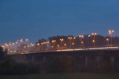 Een brug in de nacht Stock Foto's