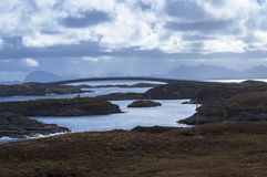 Een brug die meer dan twee eilanden gaan Royalty-vrije Stock Afbeelding