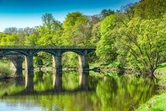 Een brug op de rivier Lune dichtbij Lancaster stock foto