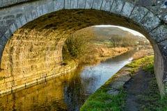 Een brug op het lancaster kanaal Stock Fotografie