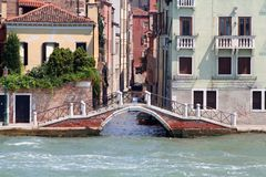 Een brug van Venetië Italië Stock Fotografie