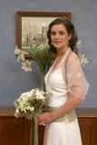 Een bruid klaar om aan kerk weg te gaan Stock Foto's