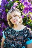 Een brunette op middelbare leeftijd stock fotografie