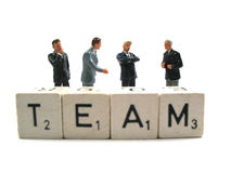 Een businessteam die een vergadering houdt Stock Afbeelding