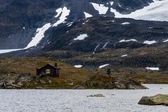 Een cabine bij de berg Royalty-vrije Stock Afbeelding