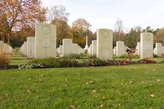 Een Canadese oorlogsbegraafplaats in Nederland royalty-vrije stock afbeeldingen