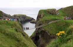 Een carrick-nationaal park van de kabelbrug, Antrim noordelijke kust, Royalty-vrije Stock Foto's