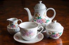 Een ceramisch theestel Royalty-vrije Stock Afbeelding
