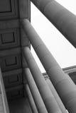Een colonnade werd gebouwd in de binnenplaats van Palais DE Tokyo in Parijs (Frankrijk) Royalty-vrije Stock Foto