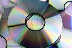 Een conceptenbeeld van een CD en een slot - gegevensbeveiliging royalty-vrije stock fotografie