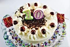 Een conceptenbeeld van een verjaardagscake met kaars - 10 Royalty-vrije Stock Fotografie