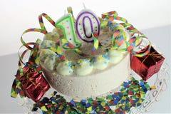 Een conceptenbeeld van een verjaardagscake - verjaardag 10 Stock Fotografie