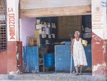 Een Cubaanse voedselverkoper Royalty-vrije Stock Foto