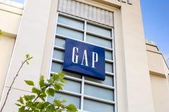 Een de bouw teken voor de Gap-opslag royalty-vrije stock foto
