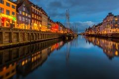Een de 17de eeuwwaterkant Nyhavn in Kopenhagen Stock Foto