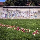 Een deel van Berlin Wall op Bernauer Straße, Mitte, Berlijn, Duitsland Royalty-vrije Stock Foto's