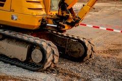 Een deel van catarpillar, bulldozer bij de wegwerken stock foto