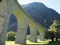 Een deel van de Rhaetian-Spoorweg in Zwitserland royalty-vrije stock afbeeldingen