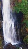 Een deel van een zeer hoge waterval royalty-vrije stock afbeeldingen