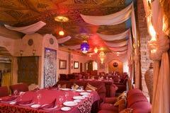 Een deel van het binnenland van een restaurant stock fotografie
