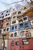 Een deel van het Hundertwasser-Huis in Wenen stock afbeelding