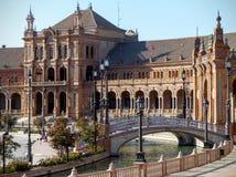 Een deel van het Plein DE Espana met een kleine brug aan Sevilla in Spanje royalty-vrije stock foto