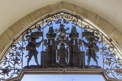 Een deel van ingang in stadhuis op Marienplatz in München, Duitsland Openbaar domein stock afbeeldingen