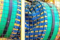 Een deel van kleurrijk vermaakcentrum voor kinderen, de speelplaats van het jonge geitje stock foto