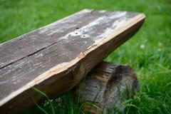 Een deel van oude houten bank Stock Foto's