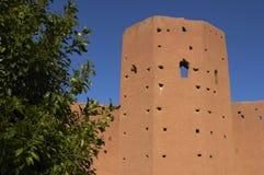 Een deel van stadsmuur Marrakech Marokko Stock Foto's