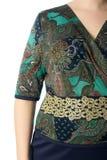 Een deel van vrouwelijke odezhy, de schouders en de kokers Royalty-vrije Stock Afbeelding