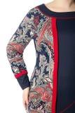 Een deel van vrouwelijke odezhy, de schouders en de kokers Stock Foto's