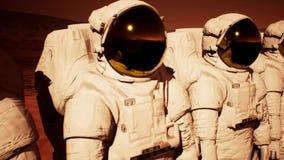 Een detachement van astronauten die de planeet Mars voorbereidingen treffen te onderzoeken vector illustratie