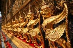 Een detail dat (Garuda een nationaal symbool van Thailand toont) van ins royalty-vrije stock afbeelding