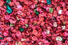 Een dicht omhooggaand beeld van welriekend mengsel van gedroogde bloemen en kruidentextuur voor achtergrond royalty-vrije stock afbeeldingen