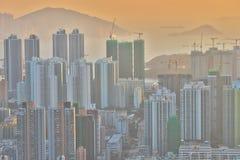 een Dichte hoge stijgingsflats in Kowloon, Hongkong Stock Afbeeldingen