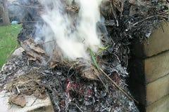 Een dikke en witte rook Royalty-vrije Stock Afbeeldingen