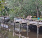 Een dok op de Tolomato-Rivier, St Johns Provincie, Florida, de V.S. royalty-vrije stock foto's