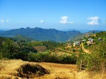 Een dorp op de manier van Kalaw-stad aan Inle-Meer Royalty-vrije Stock Foto's