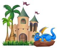 Een draak over het kasteel Royalty-vrije Stock Afbeelding