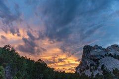 Een dramatische Hemel achter Onderstel Rushmore royalty-vrije stock fotografie