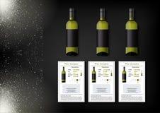 Een eenvoudig ontwerp van realistische flessen van wijn en wijnkaarten met beschrijvingen en kenmerken van de wijn op een zwarte Royalty-vrije Stock Fotografie