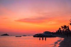 Een eenvoudig overweldigende zonsondergang over Malapascua-Eiland, Cebu, Filippijnen royalty-vrije stock afbeelding