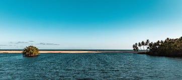 Een Estuarium van de Atlantische Oceaan in Lagos Nigeria Afrika stock foto