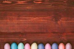 Een feestelijke Pasen-samenstelling Mening van hierboven concept de lente en het feest van de Pascha Stock Fotografie