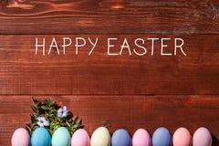 Een feestelijke Pasen-samenstelling Mening van hierboven concept de lente en het feest van de Pascha Stock Foto